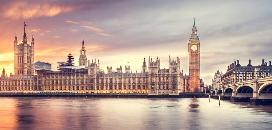 London_Parliament_Houses_Sunset_940x450.jpg